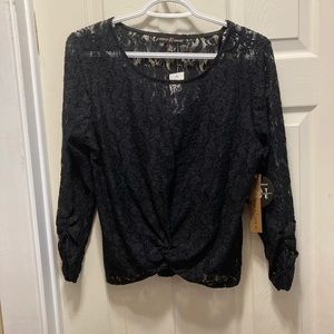 3/20 NWT Almost Famous lace long sleeve blouse